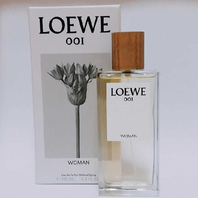 LOEWE(ロエベ)のほぼ新品 LOEWE オードパルファン ロエベ001ウーマン 100ml 香水 コスメ/美容の香水(香水(女性用))の商品写真