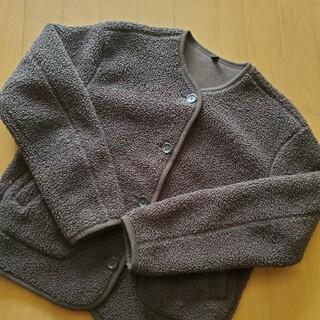 ユニクロ(UNIQLO)のジャケット コート 上着 防寒 ユニクロ カーキ(ノーカラージャケット)