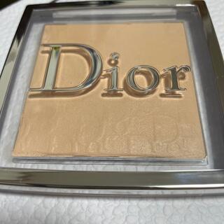 Christian Dior - Dior BACKSTAGE FACE&BODY POWDER