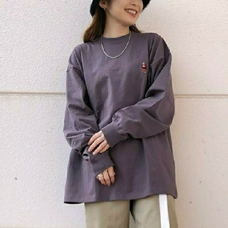 ウィゴー(WEGO)の【新品】BEN DAVIS  ベンデイビス  綿100%刺繍ビッグロンT  M(Tシャツ(長袖/七分))