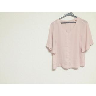 ジーユー(GU)のピンク ブラウス.(シャツ/ブラウス(半袖/袖なし))