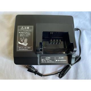 パナソニック(Panasonic)のPanasonic 電動自転車用充電器 NKJ073Z(その他)