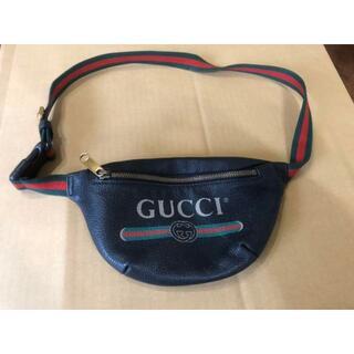 グッチ(Gucci)のGUCCI ボディーバッグ(ボディバッグ/ウエストポーチ)