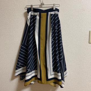 エージーバイアクアガール(AG by aquagirl)のAG BY AQUAGRL スカーフ柄 フレアスカート(ひざ丈スカート)