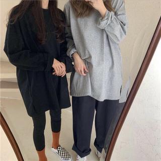 ブラックシンプル長袖Tシャツ⌇黒 オーバーサイズ ゆるダボ(Tシャツ(長袖/七分))