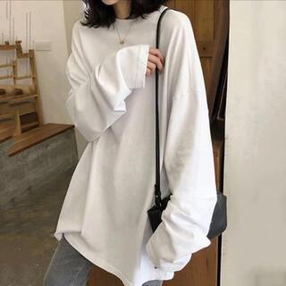 真っ白なシンプル長袖Tシャツ⌇オーバーサイズ ゆるダボ(Tシャツ(長袖/七分))