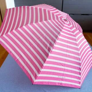 ケイトスペードニューヨーク(kate spade new york)の未使用品 ケイトスペード折りたたみ雨傘 ピンク(傘)