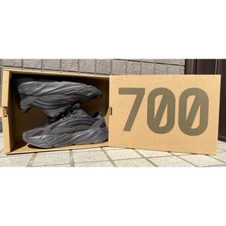 アディダス(adidas)のYEEZY BOOST 700 V2 VANTA(スニーカー)