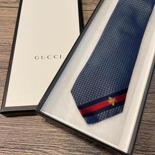 Gucci - グッチ bee ネクタイ