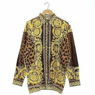 ジャンニヴェルサーチ(Gianni Versace)のジャンニヴェルサーチ 長袖シャツ 総柄 メデューサボタン 46 黄 茶(シャツ)