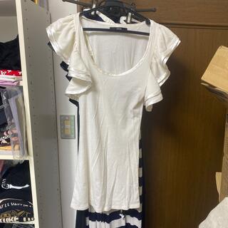 デュラス(DURAS)のデュラス 白 フリル カットソー Tシャツ(Tシャツ(半袖/袖なし))