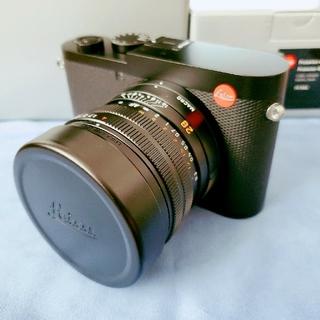ライカ(LEICA)の新品同様 Leica Q2 付属品完備 フィルター 保護ガラス レザーケース付き(コンパクトデジタルカメラ)