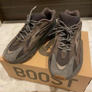 アディダス(adidas)のadidas YEEZY BOOST 700 v2 Geode イージーブースト(スニーカー)