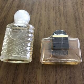 フェンディ(FENDI)のミニ香水2本(香水(女性用))