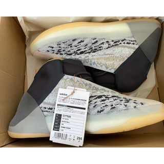 アディダス(adidas)の【29.5cm】adidas YEEZY QNTM  SEA TEAL(スニーカー)