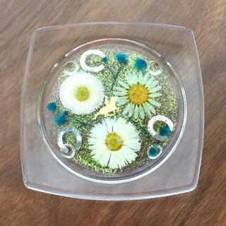 馬と蹄鉄お花のハーバリウムコースター(キッチン小物)