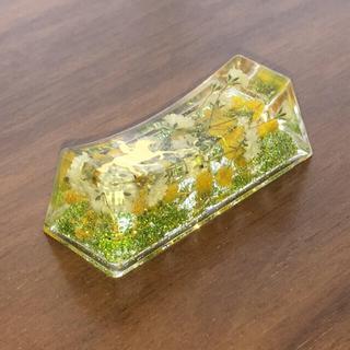 馬&蹄鉄&お花のハーバリウム箸置き(キッチン小物)