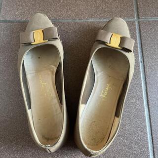フェラガモ(Ferragamo)のフェラガモ フラットシューズ 24cm(ローファー/革靴)