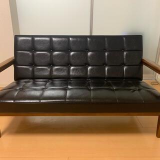 カリモクカグ(カリモク家具)のカリモク60 Kチェア(二人掛けソファ)