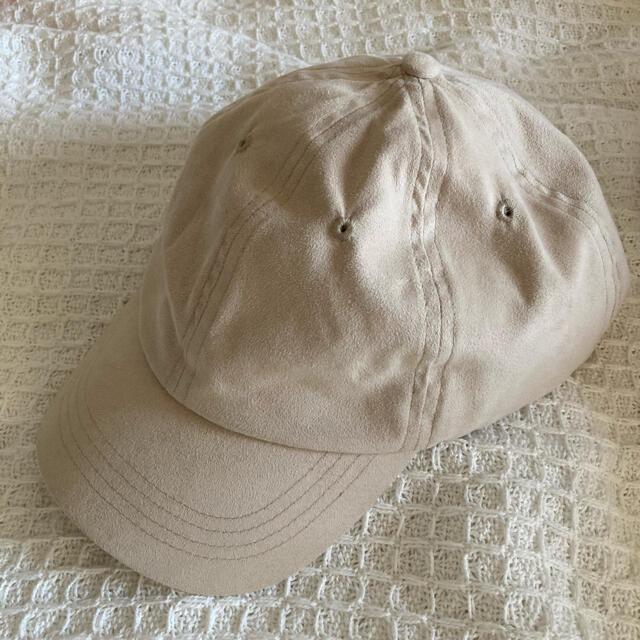 GLOBAL WORK(グローバルワーク)のbeige cap  ベージュ キャップ レディースの帽子(キャップ)の商品写真