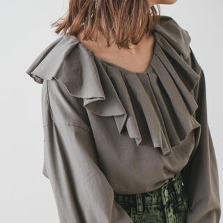 Kastane - 新品 タグ付き kastane 裁ち切り衿フリルプルオーバー