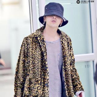Supreme - supreme 16SS Leopard Faux Fur Coat M