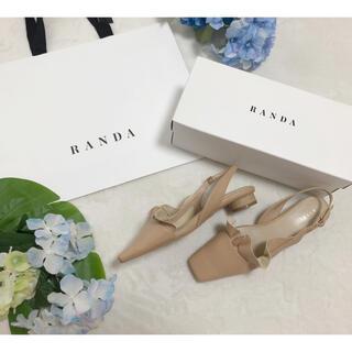 RANDA - 新品 ランダ ウッドラウンドヒール フレアパンプス