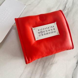 マルタンマルジェラ(Maison Martin Margiela)のラスト1【新品】Maison Margiela グラムスラム 三つ折り財布 赤(財布)