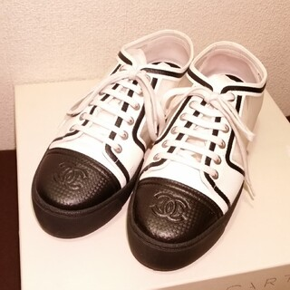 シャネル(CHANEL)の綺麗、ローファースニーカー(ローファー/革靴)