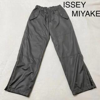 イッセイミヤケ(ISSEY MIYAKE)のISSEY MIYAKE イッセイミヤケ サイドジップパンツ パラシュートパンツ(その他)