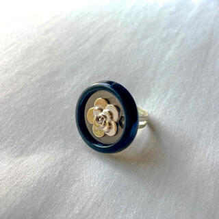 フラワー(flower)の୨୧ Vintage rétro flower button ring(リング)