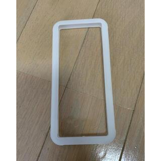 エレコム(ELECOM)のエレコム マルチシリコンバンパー L 〜X Lサイズ 白色(モバイルケース/カバー)