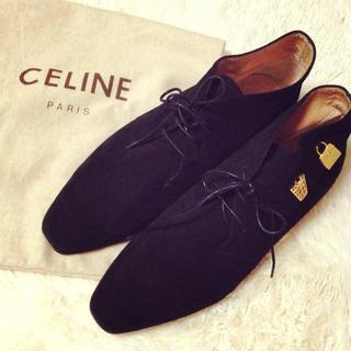 セリーヌ(celine)のCELINE♥︎本物チャーム付シューズ(ローファー/革靴)