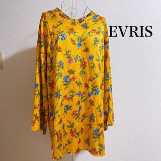 エヴリス(EVRIS)の長袖花柄ワンピース(シャツ/ブラウス(長袖/七分))