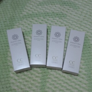 パーフェクトワン(PERFECT ONE)のパーフェクトワン CCクリーム 4個(CCクリーム)