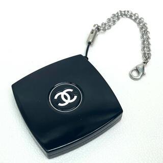 CHANEL -  シャネル ノベルティ 非売品 ミラー付き 携帯ストラップ ブラック 黒