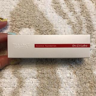 ドクターシーラボ(Dr.Ci Labo)のお値下げ♡新品 ドクターシーラボ エッセンスファンデーション Y02(ファンデーション)