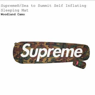 シュプリーム(Supreme)のシュプリーム supreme スリーピングマット 迷彩 カモ(寝袋/寝具)