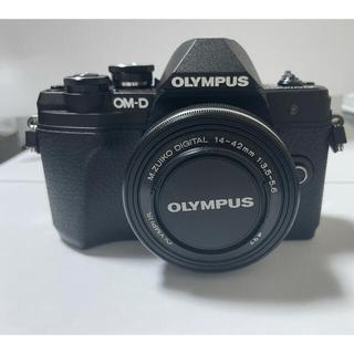 OLYMPUS - ミラーレス一眼 OM-D E-M10 Mark III EZダブルズームキット