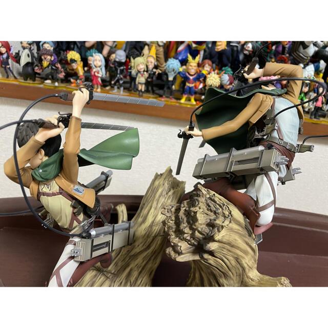KOTOBUKIYA(コトブキヤ)の進撃の巨人 コトブキヤ 1/8スケール リヴァイ エレン フィギュア エンタメ/ホビーのフィギュア(アニメ/ゲーム)の商品写真