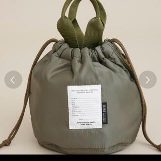 ビューティアンドユースユナイテッドアローズ(BEAUTY&YOUTH UNITED ARROWS)のjane smith 巾着 bag カーキ(ハンドバッグ)
