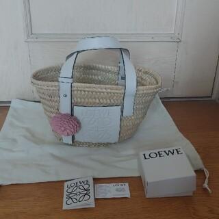 ロエベ(LOEWE)の正規品2点‼️★ロエベ★ホワイトスモール&フラワーセット(かごバッグ/ストローバッグ)