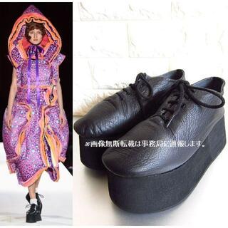 コムデギャルソン(COMME des GARCONS)の2018AW コムデギャルソン キャンプ期 厚底 シューズ/25㎝ 黒(ローファー/革靴)