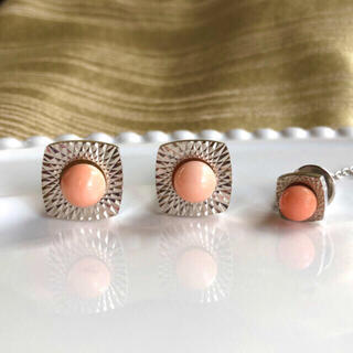 [ピンク珊瑚]天然ピンクサンゴのカフス&タイタック(ブローチ)セット(ネクタイピン)