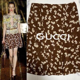 グッチ(Gucci)のSS.col GUCCI/グッチ 100%シルク・鶴_総柄 フレアスカート 美品(ひざ丈スカート)