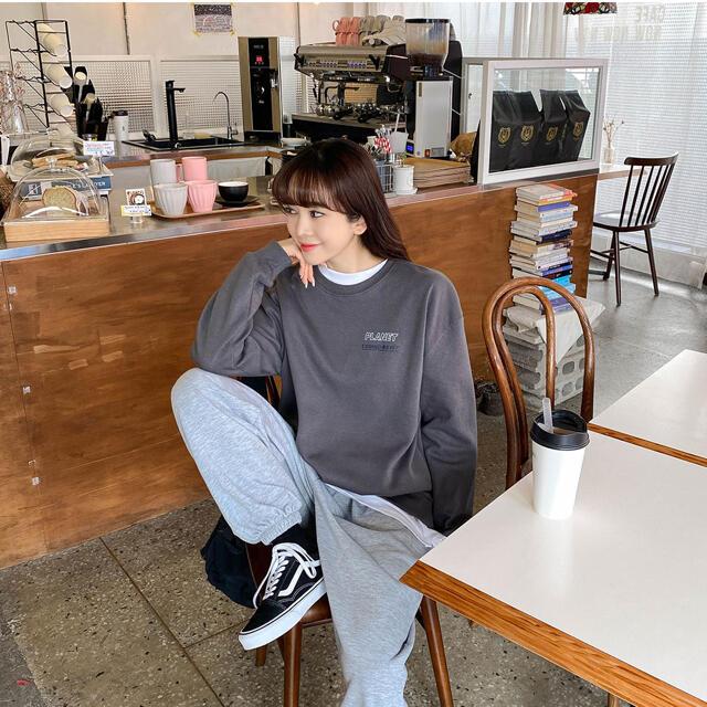 GOGOSING(ゴゴシング)のソニョナラ トレーナー 長袖Tシャツ レディースのトップス(Tシャツ(長袖/七分))の商品写真