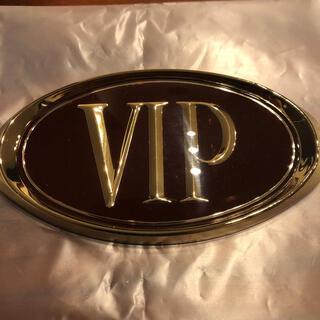 ニッサン(日産)のY31 セドリック グロリア VIP エンブレム 新品(車種別パーツ)