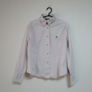 ヴィヴィアンウエストウッド(Vivienne Westwood)のヴィヴィアンウエストウッドのシャツ ピンク 刺繍(シャツ)