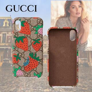 グッチ(Gucci)の【正規品‼️】GUCCI ストロベリープリント iPhone X/XSケース(iPhoneケース)
