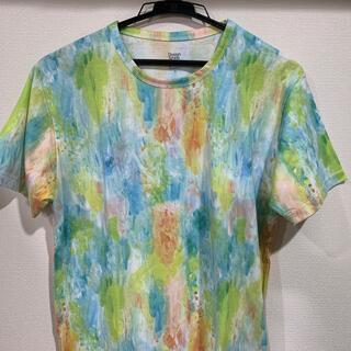 グラニフ(Design Tshirts Store graniph)の【未使用】グラニフ 水彩画デザインが綺麗な総柄デザインカットソーTシャツ(Tシャツ(半袖/袖なし))